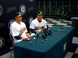 Powell & Geren at press conference